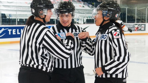 female_hockey_officiating_640
